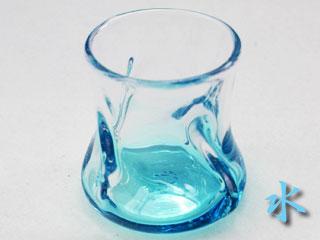 水色のロックグラス