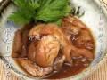 豚足をじっくりと煮込みプルプルのてびち